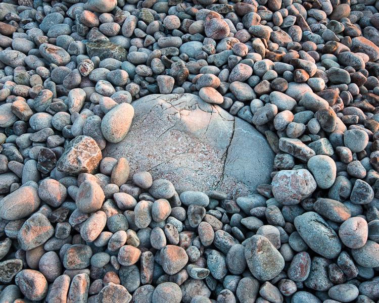 Sten, sten och åter sten